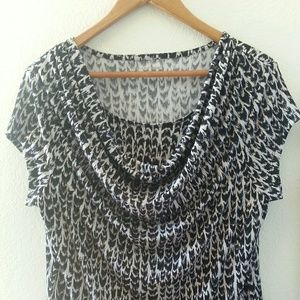 Studio Works Black and White Top Size Large